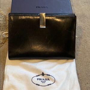 PRADA Black leather wallet 12 credit card holder
